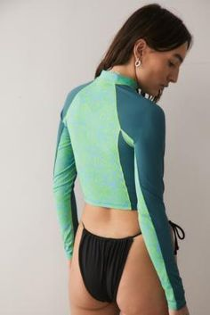 Faux Col, Rash Guard Women, Urban Outfitters Europe, Dance Pictures, Couture, Mannequin, Mock Neck, Latest Fashion, Fitness Models