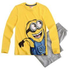 Make bedtime more fun with these fun Despicable Me Minion pyjamas! The pyjama set features a long sleeve t shirt with a large Minion print & matching bottoms.