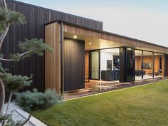ADNZ Highly Commended in the residential new home between and category: Durham, Hamilton, by Noel Jessop of Noel Jessop Architecture. Cedar Walls, Cedar Cladding, Glazed Walls, Timber House, Architecture Design, Residential Architecture, New Homes, Exterior, Outdoor Structures