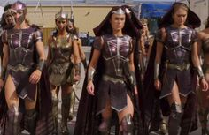 Justice League Wonder Woman Queen's Guard Amazons Female Knight, Female Soldier, Lady Knight, Amazons Wonder Woman, Amazon Queen, Wonder Woman Comic, Justice League Wonder Woman, Xena Warrior Princess, Super Hero Costumes