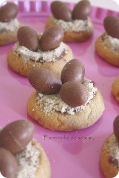 Nidos de galletya con huevos de chocolate