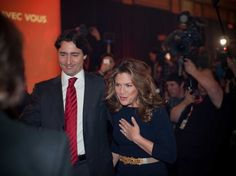 Sophie Grégoire Trudeau Is The Epitome Of Elegance At Canada Day Celebrations Trudeau Canada, Katie Couric, Justin Trudeau, News Anchor, Canada Day, Global News, Role Models, Breastfeeding, Fashion Show