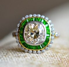 1940 retro diamond cluster ring
