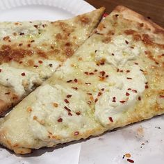 Ricotta and Cheese Pizza.