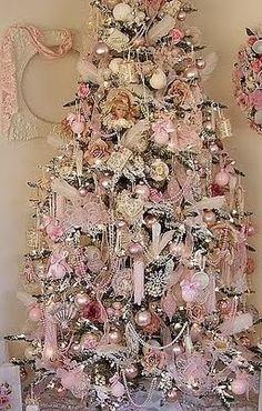 Romantic Cottage Christmas Tree.