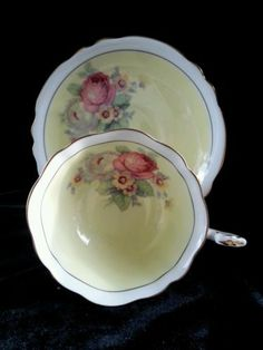 Vintage Paragon Fine Bone China TEA CUP AND Saucer H M THE Queen Queen Mary | eBay