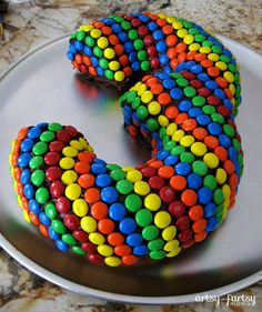 artsy-fartsy mama: 3rd Birthday Cake.  I would love to see all of the other numbers so creative!