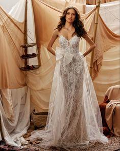 Wedding Bride, Wedding Gowns, Lace Wedding, Dream Wedding, Muse By Berta, Modern Wedding Inspiration, Amazing Wedding Dress, Bridal Collection, Beautiful Bride