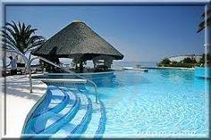 """Résultat de recherche d'images pour """"piscine luxe"""""""