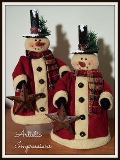 """""""WINTER NODDERS"""" Winter Nodders are a bit smaller than Mr. They are crafted using rusty beehive bed springs. Each nodder wea. Primitive Christmas Crafts, Snowman Christmas Decorations, Snowman Crafts, Christmas Snowman, Christmas Sale, Christmas Ornaments, Primitive Snowmen, Bed Spring Crafts, Snow Much Fun"""