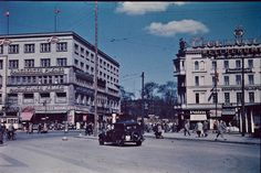 This collection of rare color photos of Berlin in 1937, taken by Thomas Neumann and uncovered from Norwegian archives, show life in the Germ...