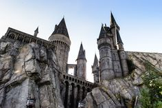 The Wizarding World of Harry Potter at Universal Studios Orlando. Universal Studios Parking, Universal Studios Japan, Japan Holidays, Adventure Bucket List, Scary Places, The Beautiful Country, Weekend Trips, Vacation Spots, Vacation Rentals