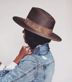Boho Style hat looks great with denim. It would be a great touch for Boho style dresses, tanks, and lacy dresses too. ❤️