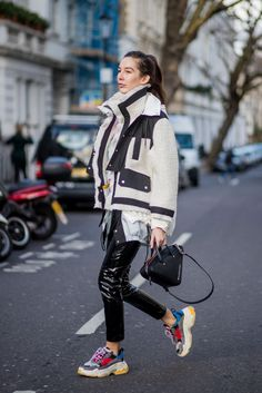 schuhe trend dad sneaker balenciaga oversize jacke zwiebellook #fashion #style