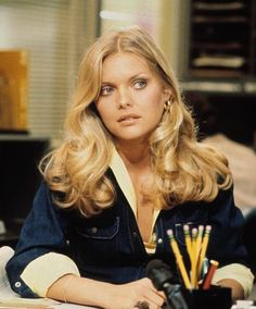 Michelle Pfeiffer in the ✨ SHOP Genuine Vintage Pieces Now at Boogiechild on 🌻(Link in Bio) - Michelle Pfeiffer, Hair Day, New Hair, Your Hair, Inspo Cheveux, Chaning Tatum, Vogue Beauty, Hair Inspo, Hair Looks