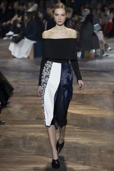 Christian Dior Spring 2016 Couture Fashion Show  출처: http://blessingyear.tistory.com/632 [꿈꾸는 창고, 기록하는 우주선]