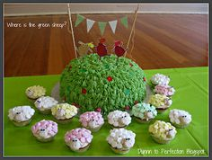 Dunnn to Perfection: Where is the green sheep cake - First Birthday celebrations! Birthday Cake Girls, Baby Birthday, Birthday Party Themes, Birthday Celebrations, Birthday Cakes, Birthday Ideas, Themed Parties, Sheep Cupcakes, Sheep Cake