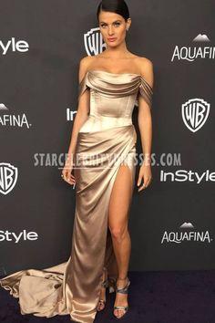 Isabeli Fontana sexy gold Charmeuse dress at Golden Globes Draped off-the-shoulder red carpet prom dress. Gold Prom Dresses, Gala Dresses, Satin Dresses, Strapless Dress Formal, Formal Dress, Ellie Saab, Celebrity Inspired Dresses, Celebrity Dresses, Dolce & Gabbana