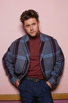 Niall Horan for Glass Man ? Niall Horan for Glass Man ♡You can find Niall horan and more on our website.Niall Horan for Glass Man ? Niall Horan for Glass Man ♡ One Direction Facts, One Direction Louis, One Direction Photos, Direction Quotes, One Direction Fashion, James Horan, Niall Horan Baby, Naill Horan, Niall Horan Imagines