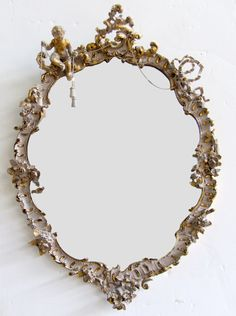 Beautiful Frame~❥ At Crescent Bronze, we love to see the use of metallic gold for highlight and accents!
