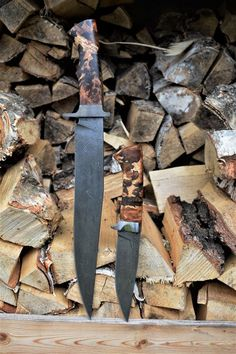 Custon handmade knife Peremský Swords And Daggers, Knives And Swords, Damascus Knife, Cool Knives, Knife Sheath, Handmade Knives, Cold Steel, Custom Knives, Knife Making