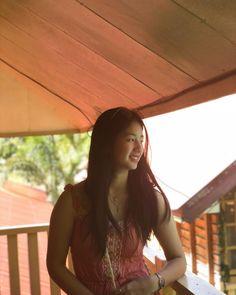 """Simplicity makes me happy"" Kawaii Wallpaper, Aesthetic Girl, Make Me Happy, My Sunshine, Lemonade, Korean, Girls, Cute, Artist"