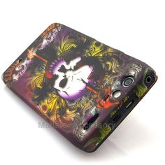 The lion skull hard case snap on cover for the motorola droid RAZR is a great stylish cover case made with Grade A Abs plastic. It protects your phone from scratches and scuffs and is very affordable. Also there are many other designs avaialbe. Order today and we will ship the same business day!