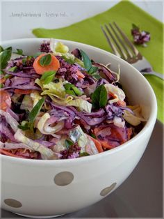 Joghurtos káposztasaláta Vegetarian Recipes, Cooking Recipes, Healthy Recipes, Cold Dishes, Eat Pray Love, Salad Recipes, Potato Salad, Cabbage, Bacon