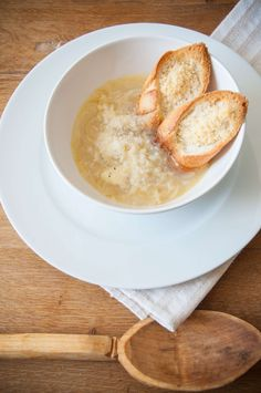 French onion soup #lunch #tasty @Cincsor.Transylvania.Guesthouses French Onion, French Toast, Onion Soup, Camembert Cheese, Tasty, Lunch, Breakfast, Food, Gourmet