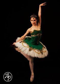 Attitude tutus Esmeralda  sc 1 st  Pinterest & ballet la esmeralda - Google Search | Ballet | Pinterest | Dancing ...