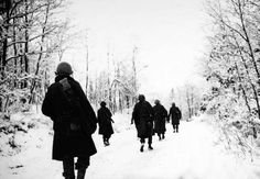 Battle-of-the-Bulge-American-soldiers-of-the-84th-Division