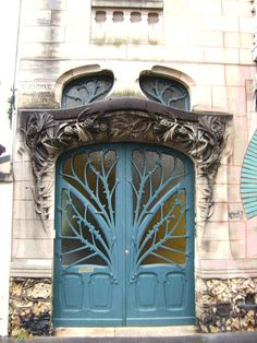 Style Art Nouveau--Lorainne, France  and built in 1903--- see other pin on this board which shows entire facade of this beautiful building and another pin which shows the wonderful window next to the door!