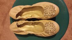 NEVER BEEN WORN Tan Leather Tahari Ballet Flats Slippers Size 7 on Etsy, $39.99