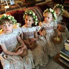Flower girls at Anna Wintour's son's wedding See more here: http://thenewdaily.com.au/life/2014/07/01/anna-wintours-son-charlie-gets-married-in-garden-themed-bash/