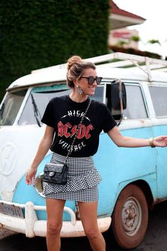 street style outfit + gingham print ruffle skirt + band tee + cross body chanel handbag + bohemian look with edge + summer outfit inspo Mode Outfits, Skirt Outfits, Casual Outfits, Fashion Outfits, Band Shirt Outfits, Outfits With T Shirts, Fashion Clothes, Ladies Outfits, Grunge Outfits