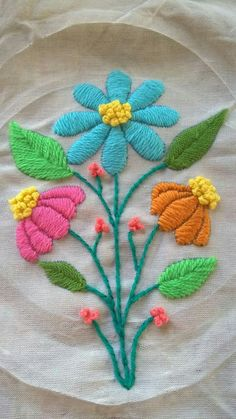Marvelous Crewel Embroidery Long Short Soft Shading In Colors Ideas. Enchanting Crewel Embroidery Long Short Soft Shading In Colors Ideas. Hand Embroidery Videos, Hand Embroidery Flowers, Embroidery Stitches Tutorial, Crewel Embroidery, Hand Embroidery Patterns, Embroidery Techniques, Embroidered Flowers, Cross Stitch Embroidery, Machine Embroidery