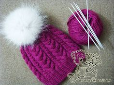 Easy-to-knit winter knitted hat with cables. This pattern covers all steps of the knitting process with lots of high-quality pictures & detailed description
