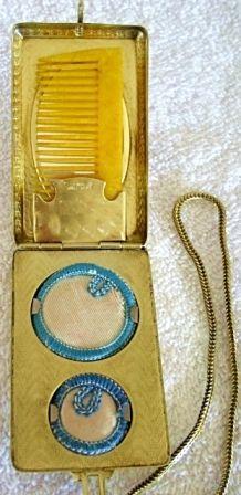 Evans Compact Vanity Dance Purse 1920 Compact Purses (Inside)