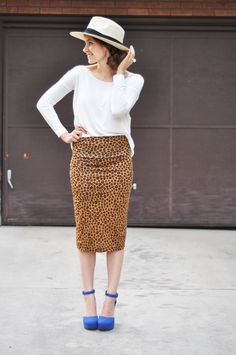 C: Very easy stretchy pencil skirt tutorial (can be worn long or short!)