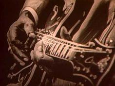 Mississippi Fred McDowell - Shake 'Em On Down