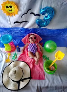 Baby Beach Pictures, Baby Girl Photos, Newborn Pictures, Monthly Baby Photos, Baby Boy Cards, Foto Baby, Baby Poses, Newborn Baby Photography, Alaia