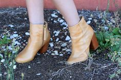 a6faa44ec9df Allison styling Chinese Laundry Booties with the Banana Banana Earrings by  N2 Paris at Coco and