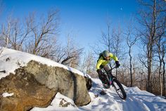 Picture of a mountain biker near Duluth, Minnesota