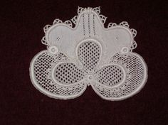 point de neige needle lace | This was my 2nd try at Gros Point. This was a workshop design by the ...