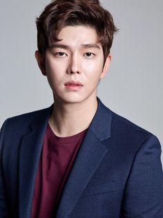 New Actors, Actors & Actresses, Asian Actors, Korean Actors, Kyun Sang, Netflix Horror, Song Jae Rim, Kim Yoo Jung, Cute Disney Drawings