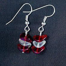 Maja Nikelova - MajaNikelova Šperky Náušnice / SAShE.sk Pearl Earrings, Drop Earrings, Pearls, How To Make, Handmade, Jewelry, Fashion, Jewellery Making, Moda