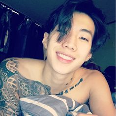 """Coverin up the titties lol #aomg #followthemovement #스마일"" /I hate him so much lol"