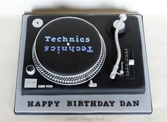 So my son Turned 22 in November (yes, I am still on catch-up with my post here) and I asked him what cake he would like, seein. Dj Cake, 40th Cake, Birthday Cakes For Men, Birthday Treats, Birthday Fun, Cupcake Cakes, Record Cake, Turntable Cake, Music Cakes
