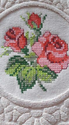 1 million+ Stunning Free Images to Use Anywhere Small Cross Stitch, Cross Stitch Borders, Cross Stitch Rose, Cross Stitch Flowers, Cross Stitch Designs, Cross Stitching, Cross Stitch Embroidery, Embroidery Patterns, Hand Embroidery