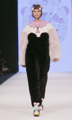 Minju Kim, winner of the 2013 H Design Award, presents catwalk show in Stockholm. Full article: http://ritzherald.com/lifestyle/item/90-minji-kim-winner-of-the-2013-hm-design-award-presents-catwalk-show-in-stockholm